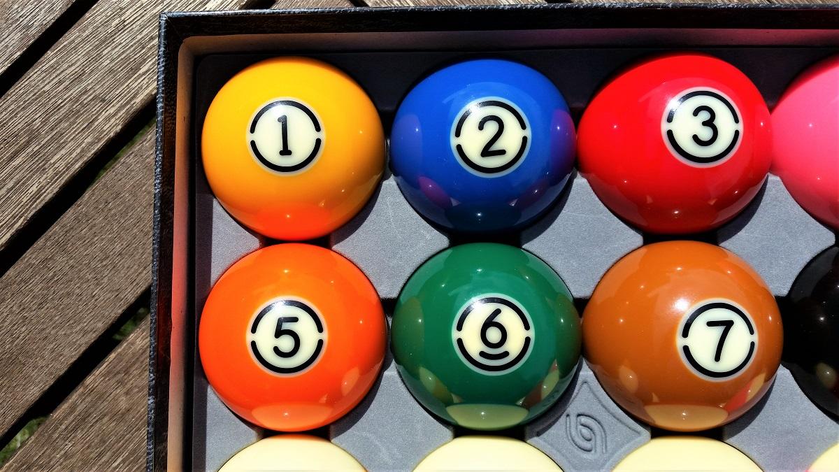 Aramith Tv Tournament Pool Balls For Sale